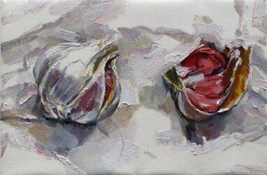 Pink garlics